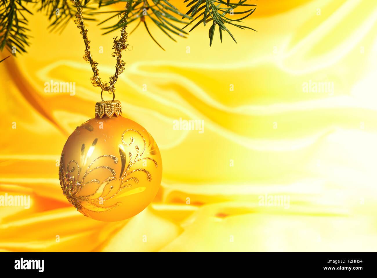 Gelbe Kugel Goldene Weihnachten Hintergrund Stockbild