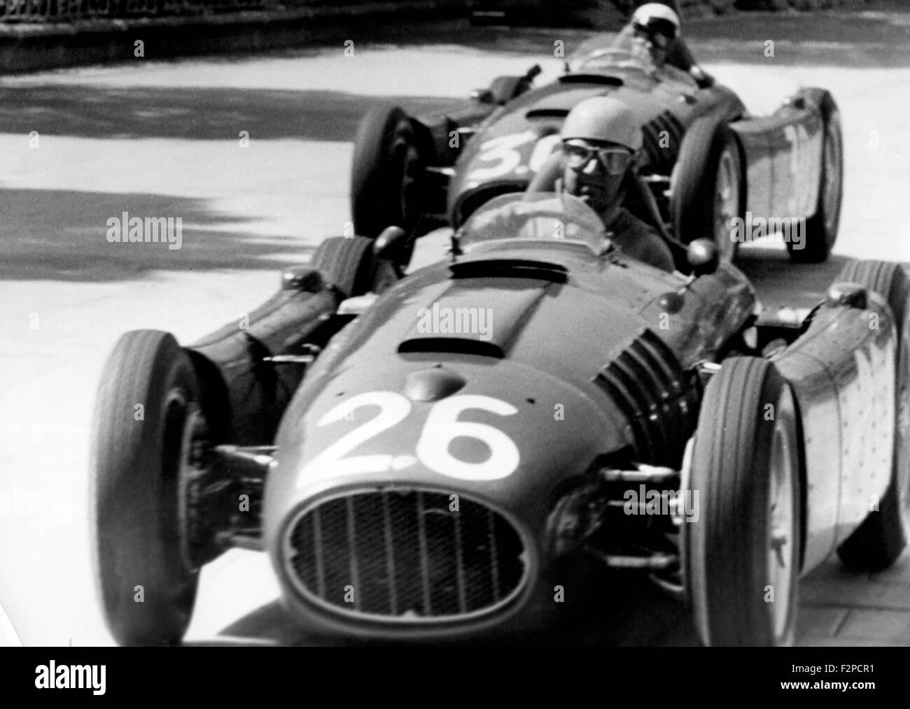 Alberto Ascari in einem Lancia D50 im Monaco GP in Monte Carlo 1955 Stockbild