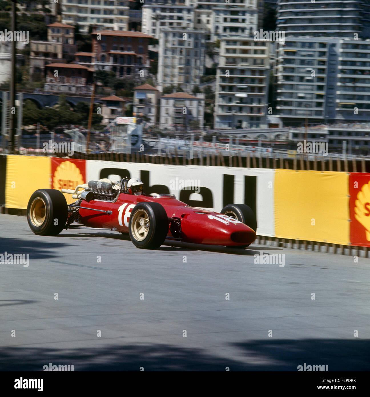 Lorenzo Bandini Im Ferrari 312 Im Monaco Gp 7 Mai 1967 Stockfotografie Alamy