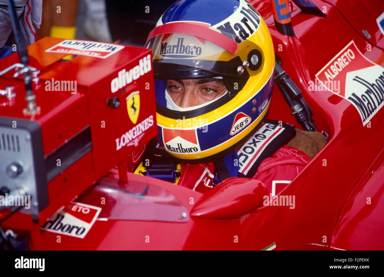 Michele Alboreto im Cockpit seines Ferrari-1987 Stockfotografie - Alamy