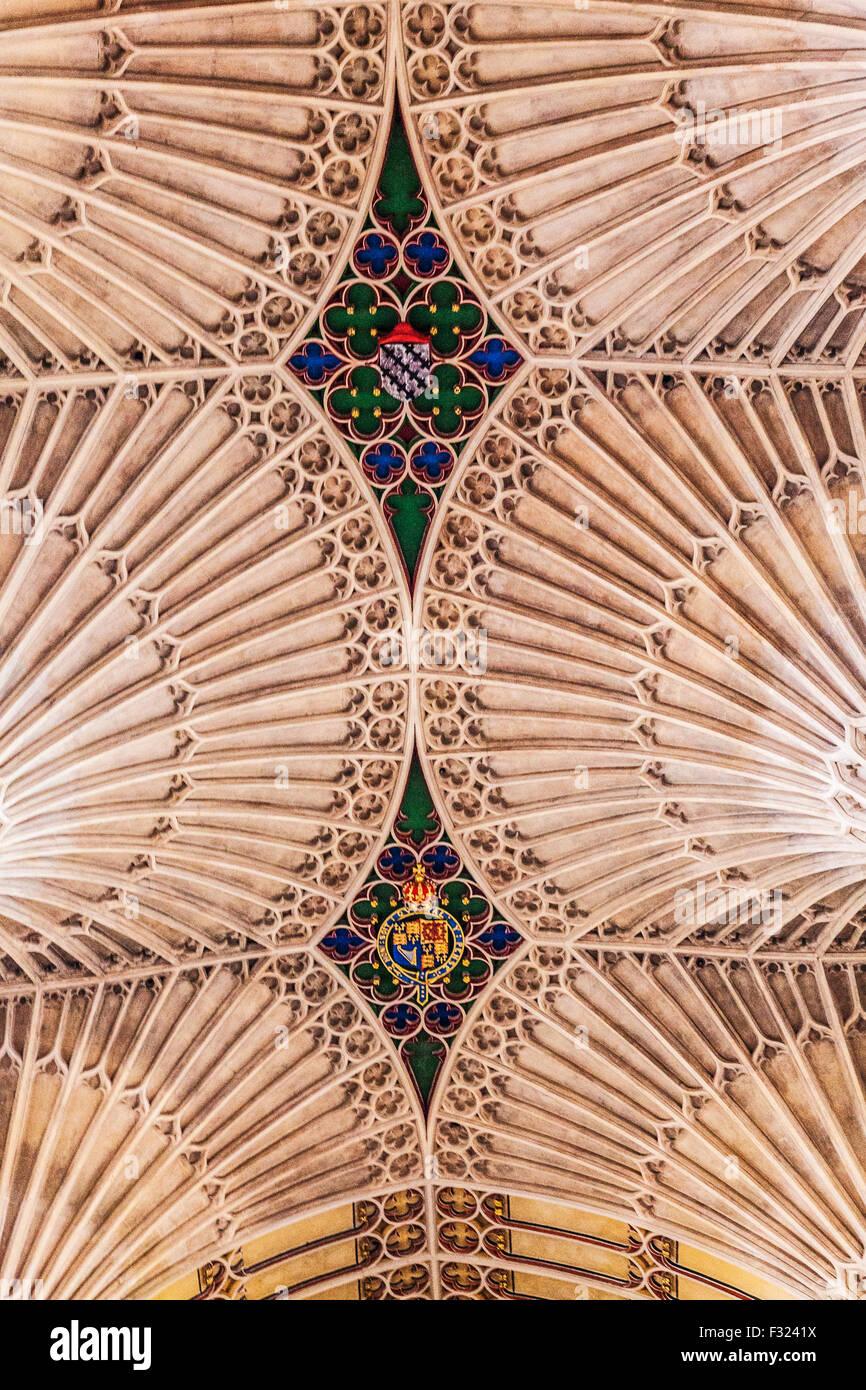 Detail der Fan-Gewölbe-Decke in Bath Abbey. Stockbild