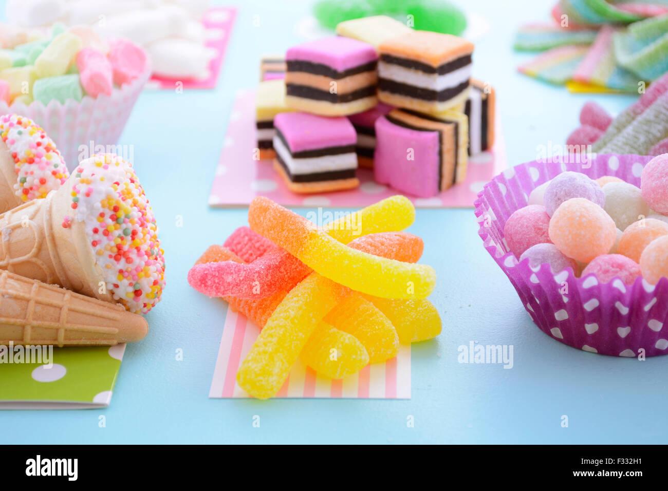 Halloween Candy Bag Stockfotos & Halloween Candy Bag Bilder - Seite ...