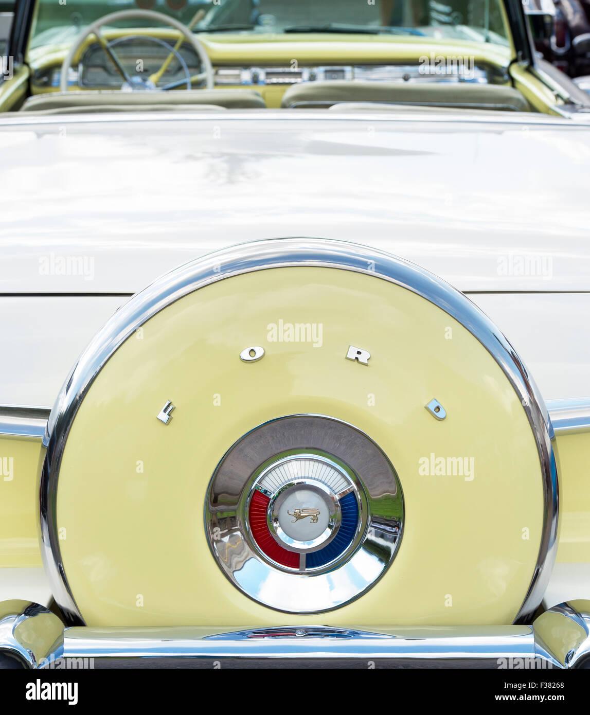 1959 Ford Fairlane 500. 1950er Jahre amerikanisches Auto Stockbild