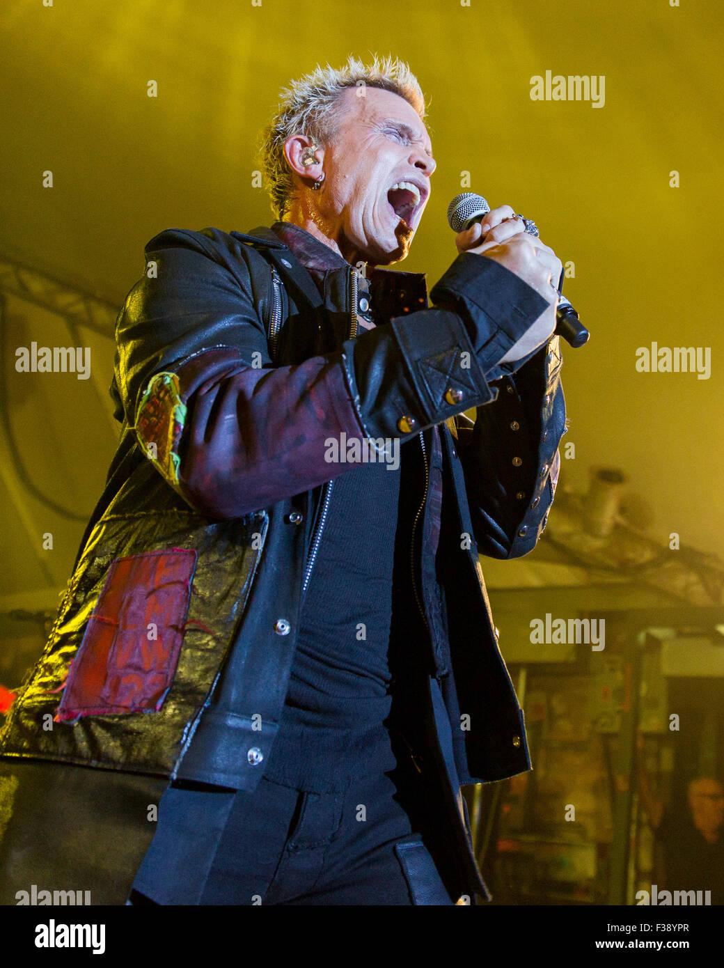 Billy Idol Live Austin City Stockfotos & Billy Idol Live Austin City ...