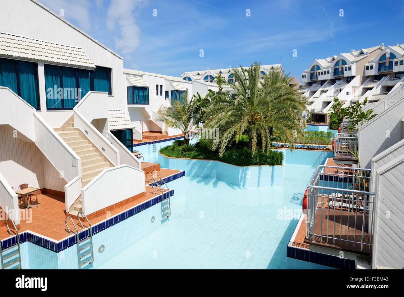 AuBergewohnlich Moderne Villen Mit Pool In Luxus Hotel, Antalya, Türkei