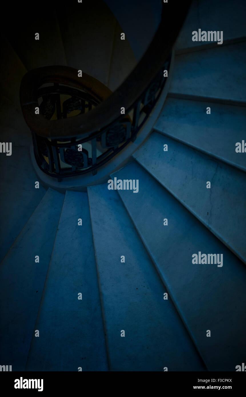 Wendeltreppe, direkt von oben betrachtet Stockbild