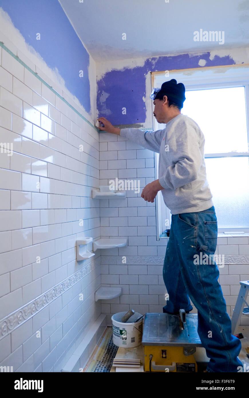 Mexikanische mann Fliesen Bad Wand mit u-bahn Fliesen Stockfoto ...