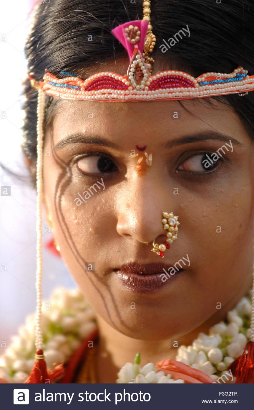 Portrat Des Sudasiatischen Hindu Braut In Der Hochzeitszeremonie