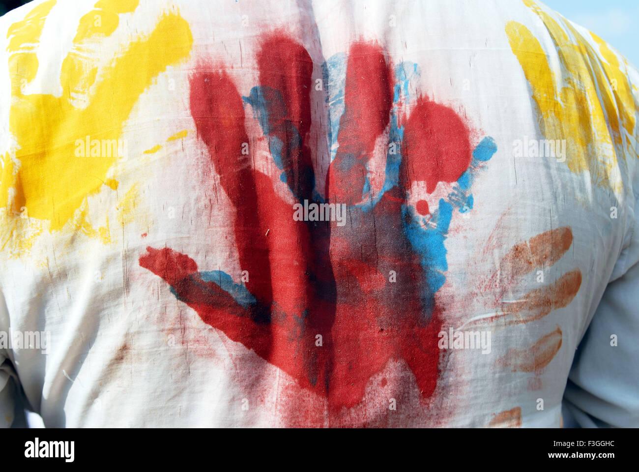 Palm druckt auf weißes Hemd; Indien Stockbild