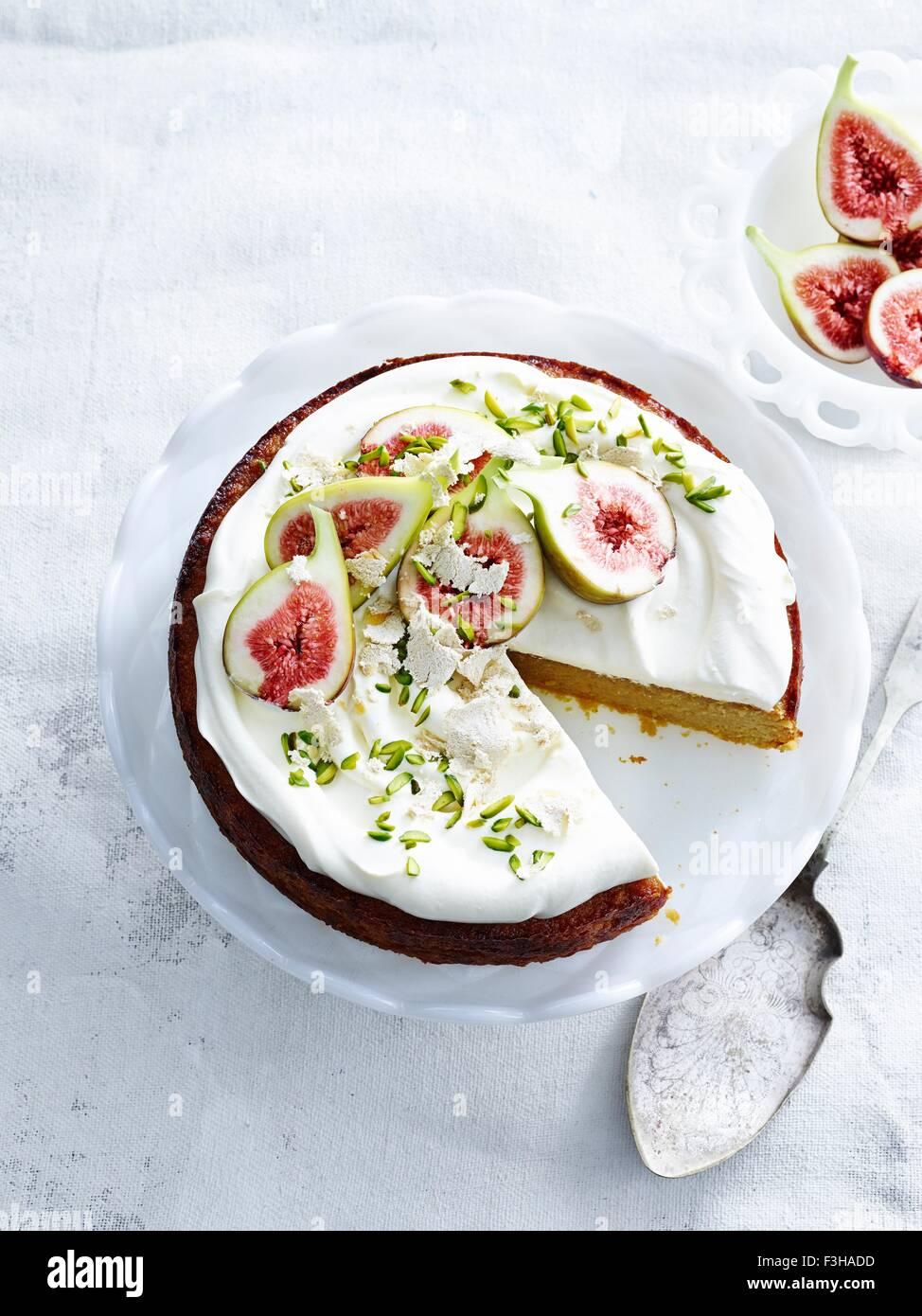 Draufsicht Der Orange Mandel Kuchen Mit Joghurt Creme Pistazien