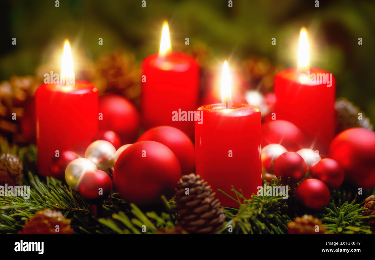 advent burning candle stockfotos advent burning candle bilder seite 2 alamy. Black Bedroom Furniture Sets. Home Design Ideas