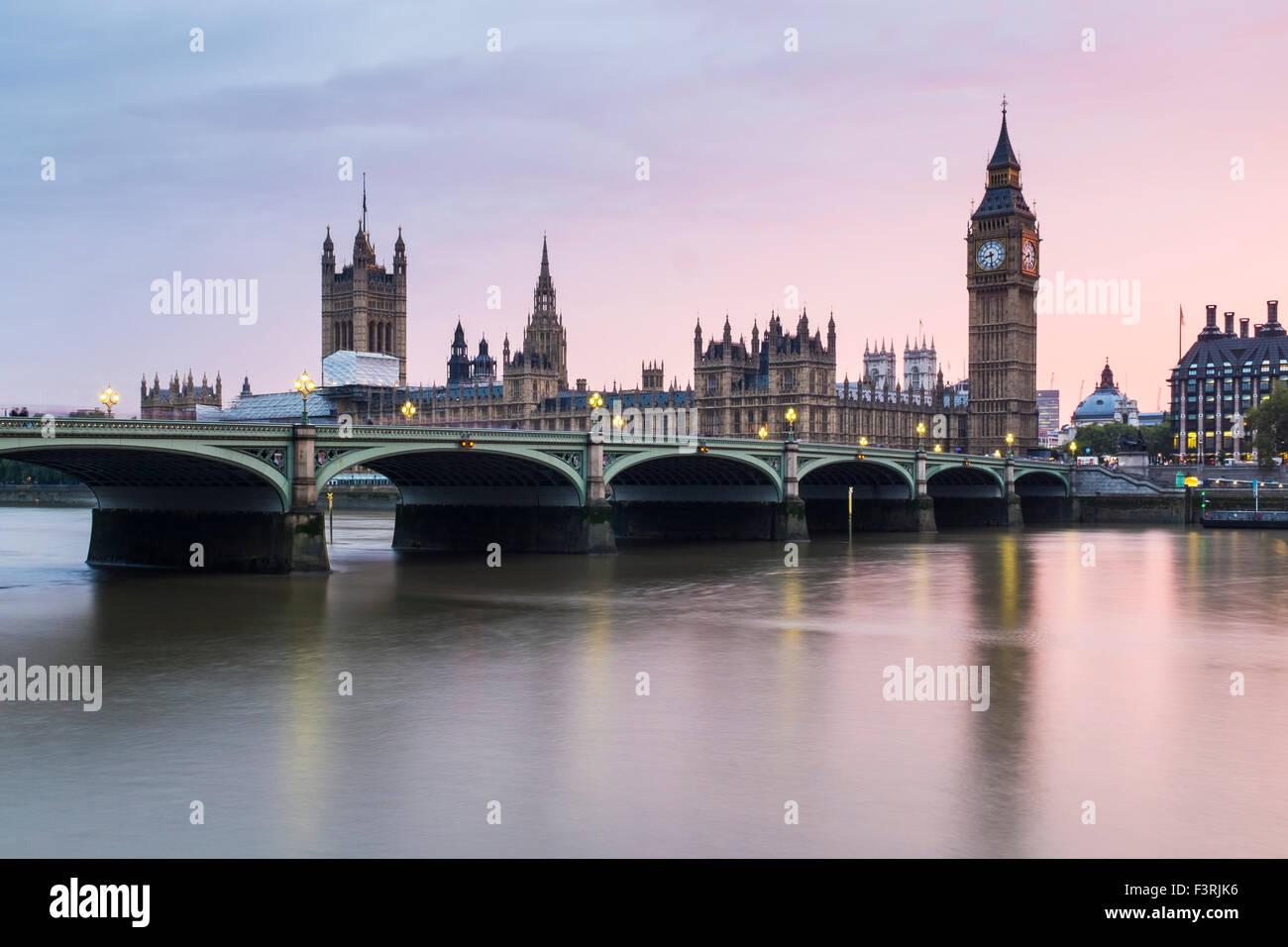Westminster Bridge, Palace of Westminster und Big Ben, London, Vereinigtes Königreich Stockbild