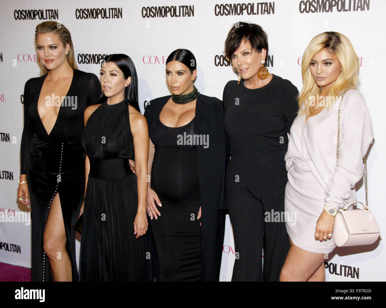 Wann hat kim kardashian starten Datierung kanye West Dating-Website-Profile zum Verkauf