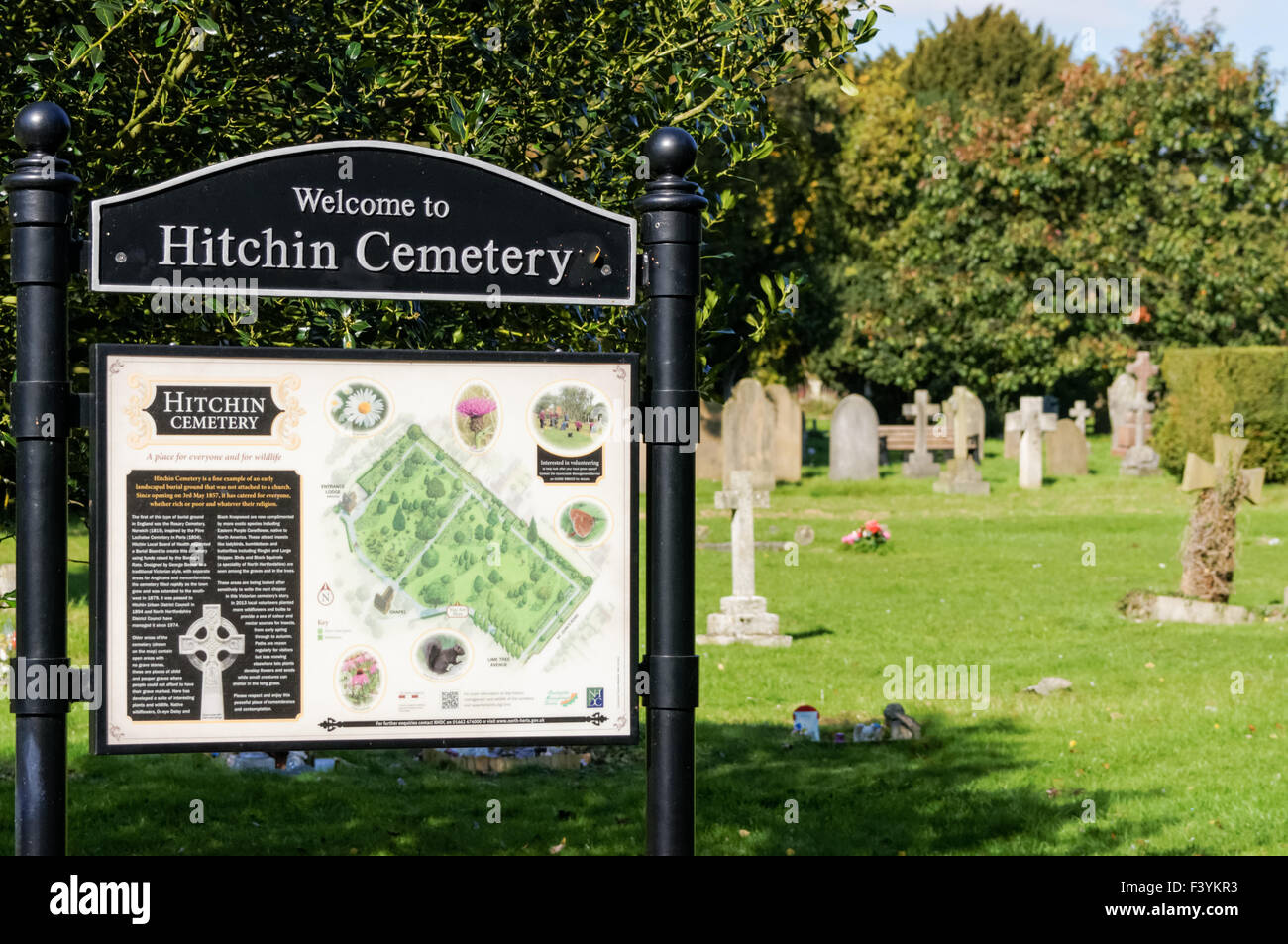 churchyard sign stockfotos churchyard sign bilder. Black Bedroom Furniture Sets. Home Design Ideas