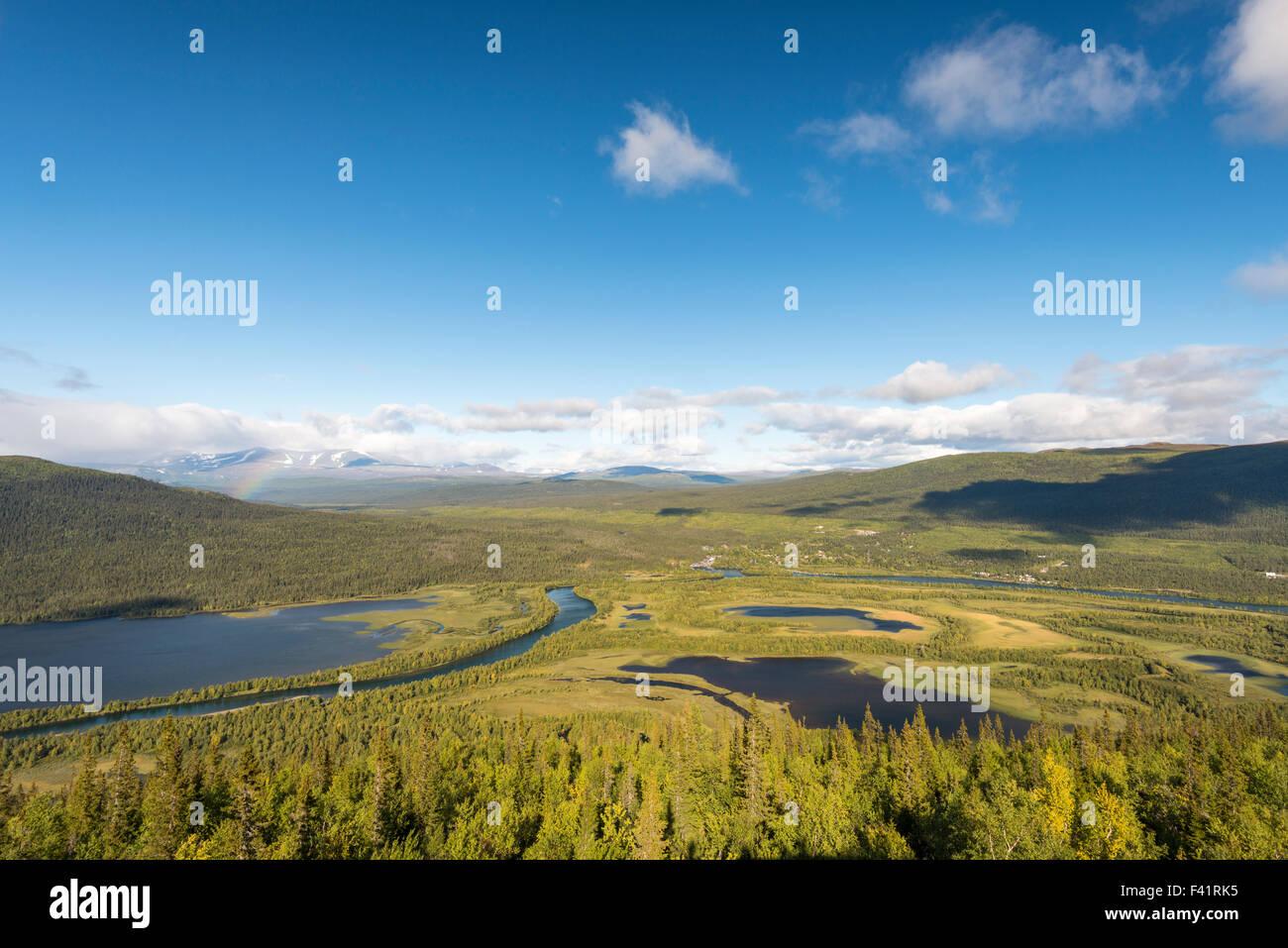 Ansicht von Kvikkjokk, Fluss und Bergen, Tarraätno Sarek Nationalparks, Kvikkjokk, Laponia, Norrbotten Lappland Stockbild