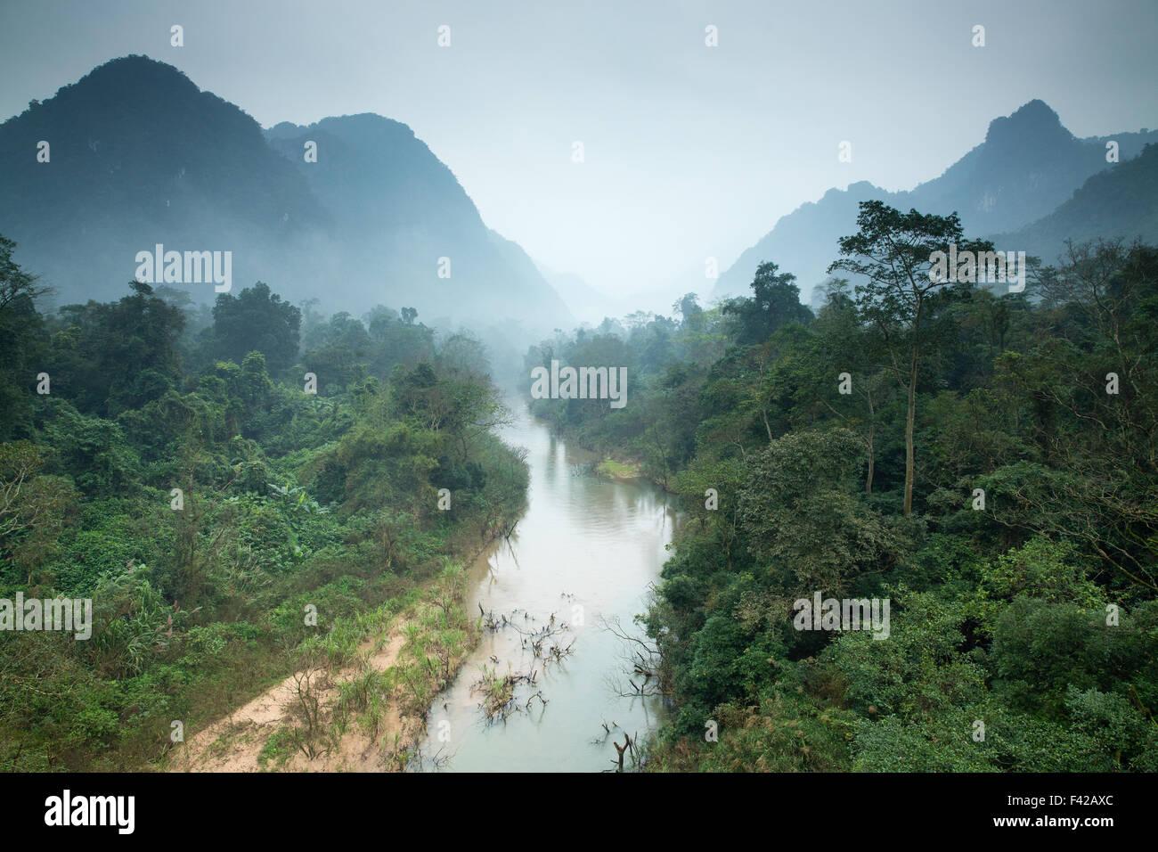 Phong Nha-K? Bàng ist ein Nationalpark und UNESCO-Weltkulturerbe, Provinz Qu?ng Bình, Vietnam Stockbild