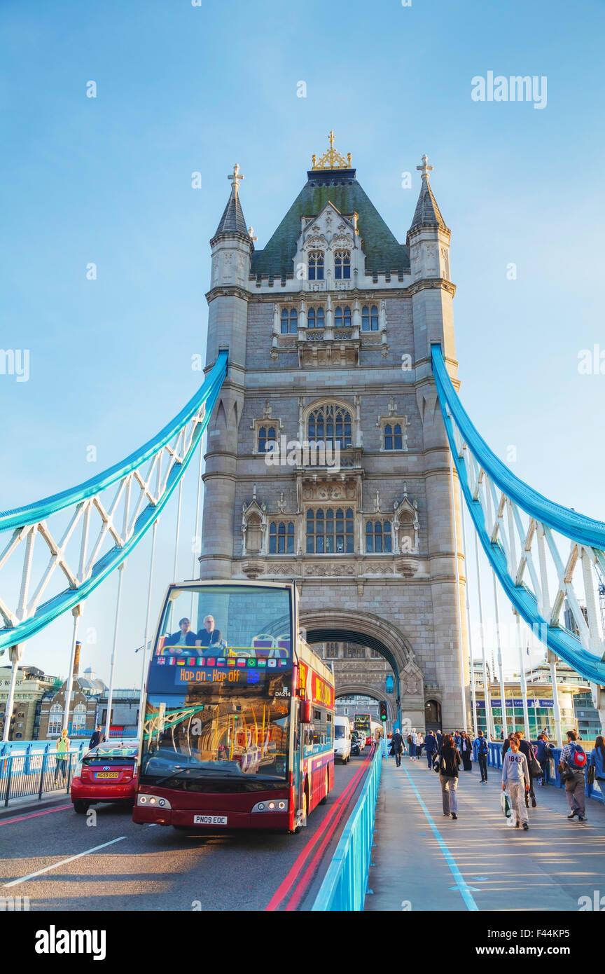 Tower Bridge in London, Großbritannien Stockbild