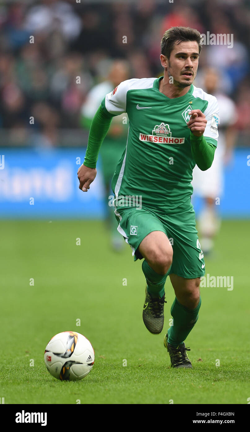 Bremen Deutschland 17 Oktober 2015 Bremens Fin Bartels In Aktion