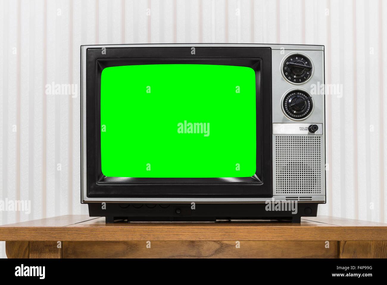 portable tv set stockfotos portable tv set bilder alamy. Black Bedroom Furniture Sets. Home Design Ideas