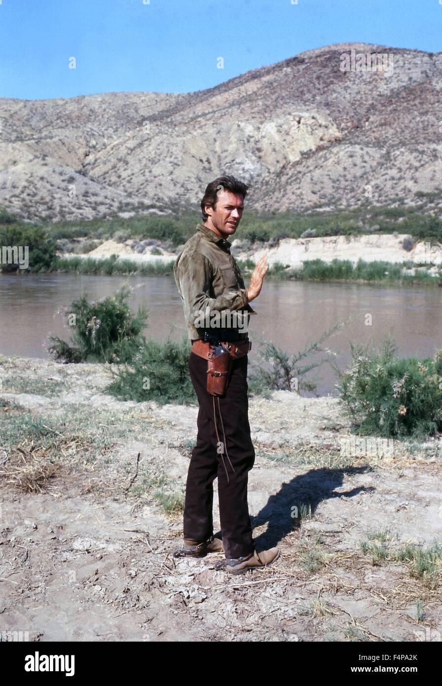 Clint Eastwood / hängt ihn hohe 1968 unter der Regie von Ted Post Stockbild