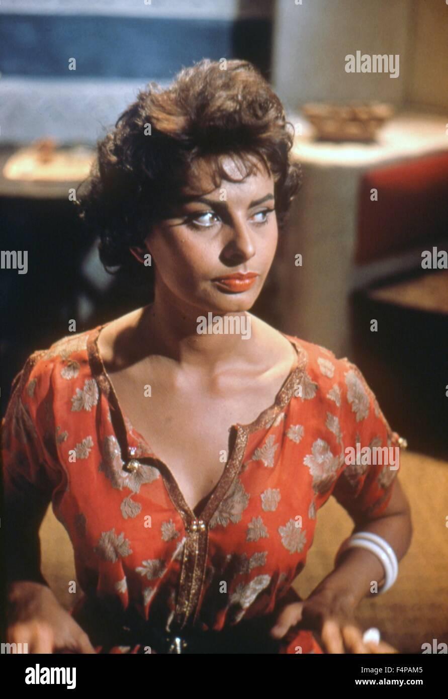 Sophia Loren / Legende verloren 1957 unter der Regie von Henry Hathaway Stockbild