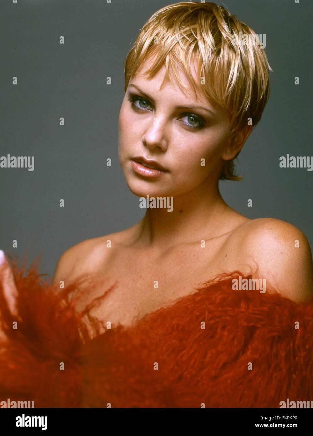 Charlize Theron Im Auftrag Des Teufels 1997 Regie