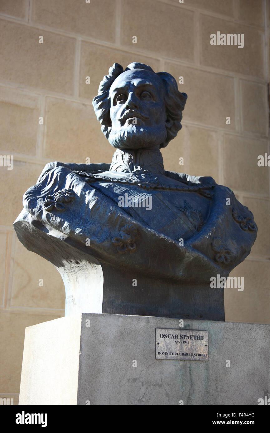 Statue von Oscar Spaethe, Athenaeum, Bukarest, Rumänien Stockbild