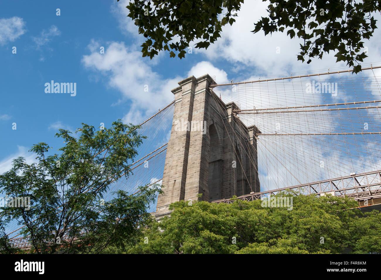 Die Brooklyn Bridge, genommen vom DUMBO Park in Brooklyn, New York USA Stockbild
