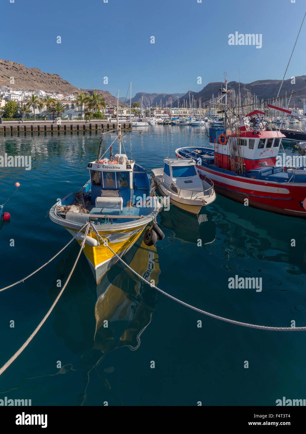 Spanien, Europa, Puerto de Mogan, Gran Canaria, Kanarische Inseln, kleinen Hafen, Stadt, Dorf, Wasser, Sommer, Schiffe, Stockbild