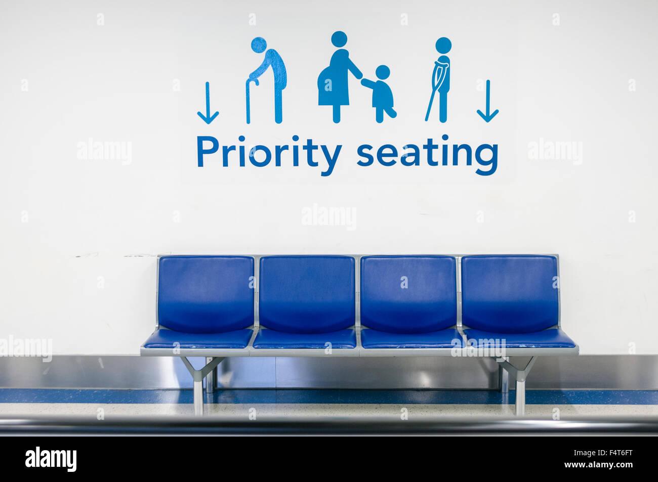 Priority Seats Stockfotos & Priority Seats Bilder - Alamy