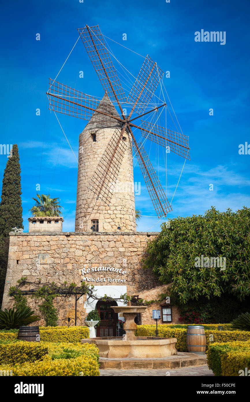 Traditionelle Windmühle von Mallorca Stockbild
