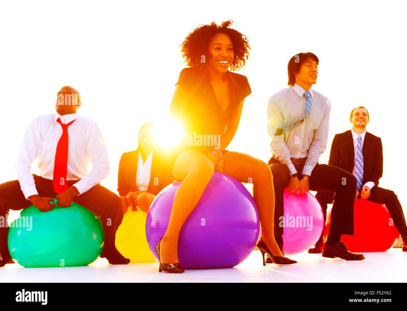 Unternehmen Menschen Entspannung spielen springen Konzept Stockbild