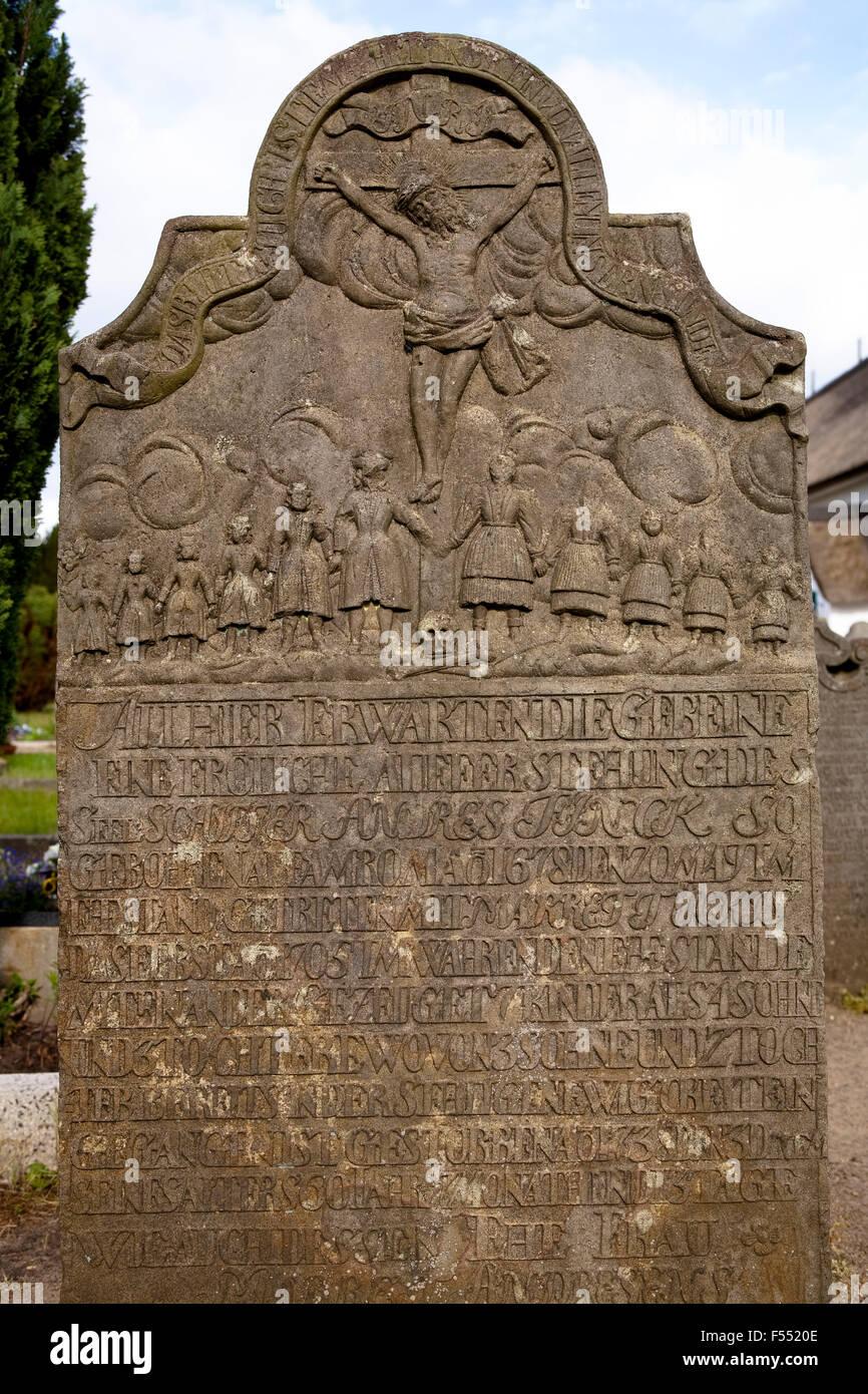 Deu, Deutschland, Schleswig-Holstein, Nordsee, Insel Amrum, Tombstone auf die Seeleute Friedhof an der St. Clemens Stockbild