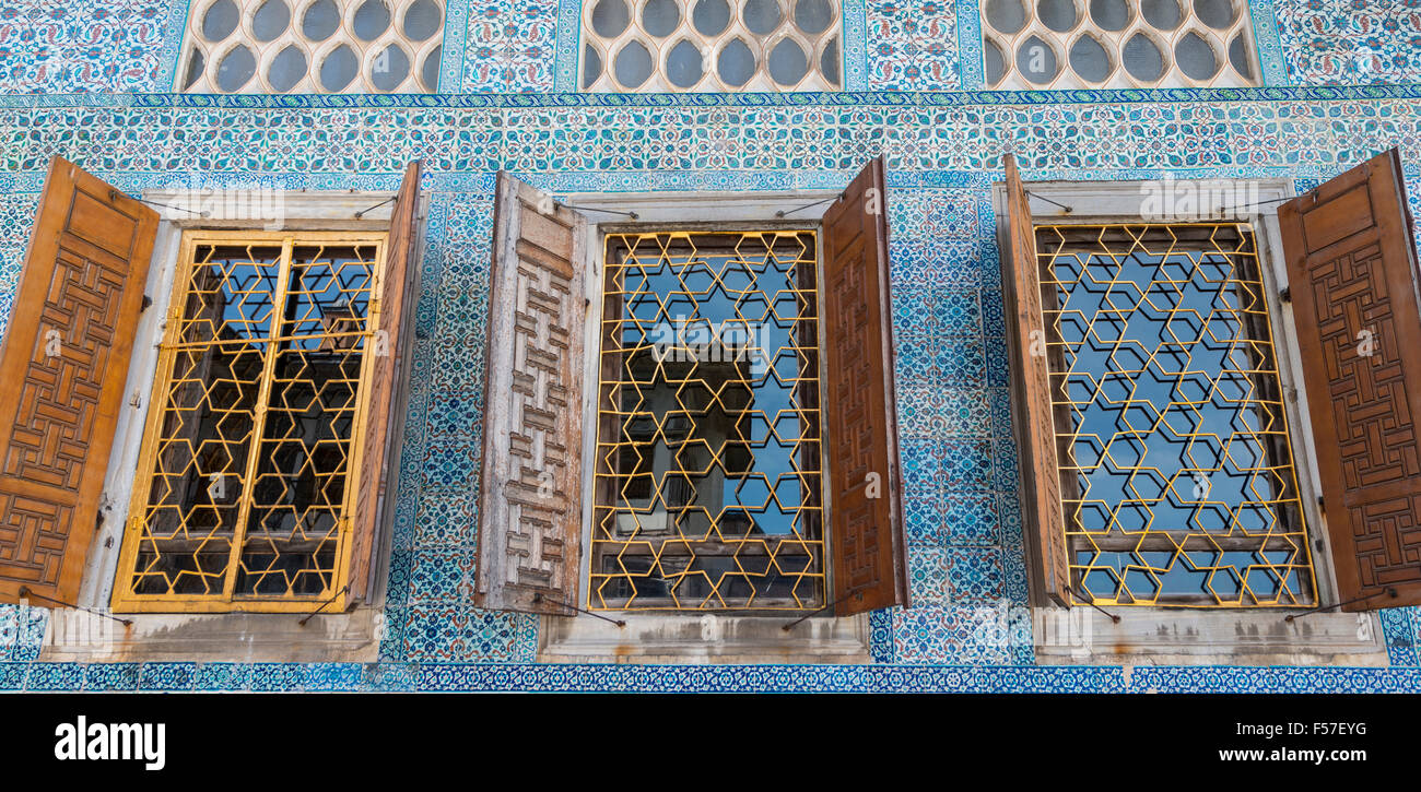 Fenster im Topkapi Palast, Istanbul, Türkei Stockbild