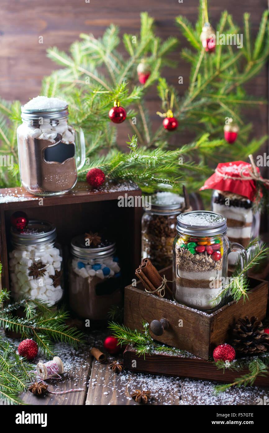 Mehrere Varianten der essbare Geschenke Gläser für Weihnachten und ...