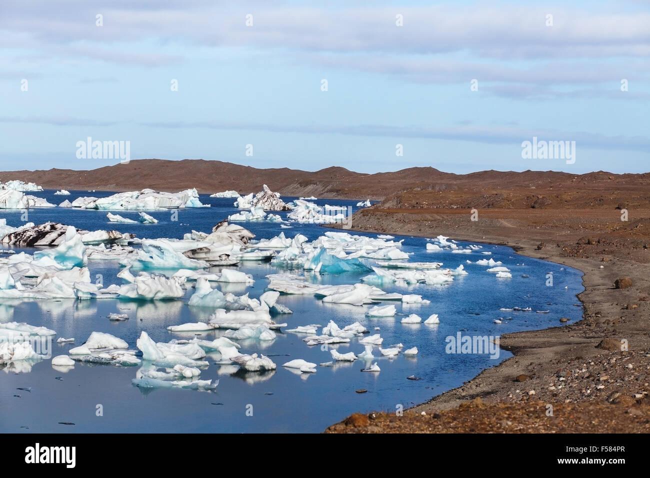 Gletschersee, surreale Landschaft aus Island Stockbild
