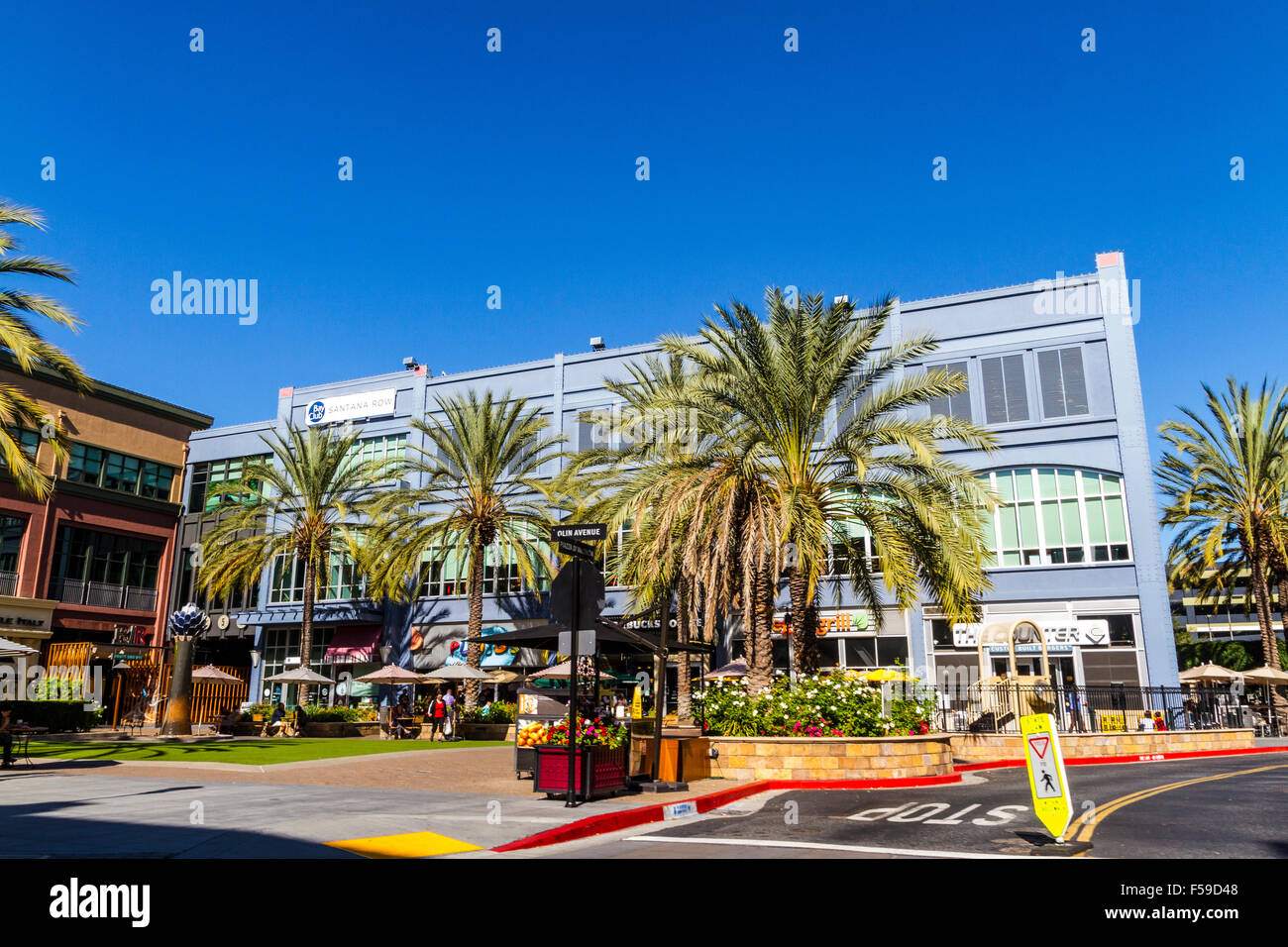 Mall Food Shopping Usa Stockfotos & Mall Food Shopping Usa Bilder ...