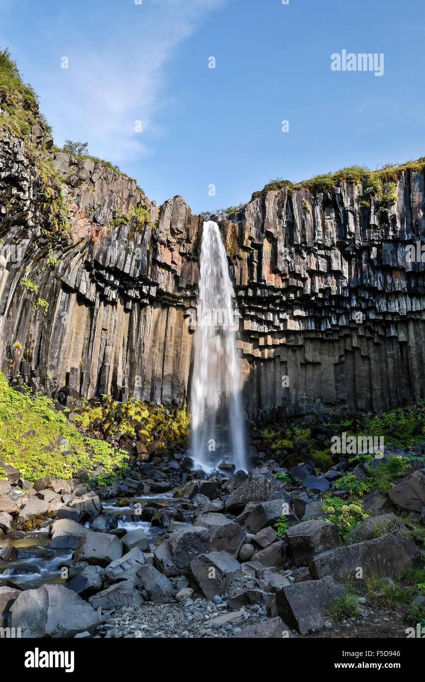 Svartifoss Wasserfälle, Vatnajökull-Nationalpark, Island Stockbild