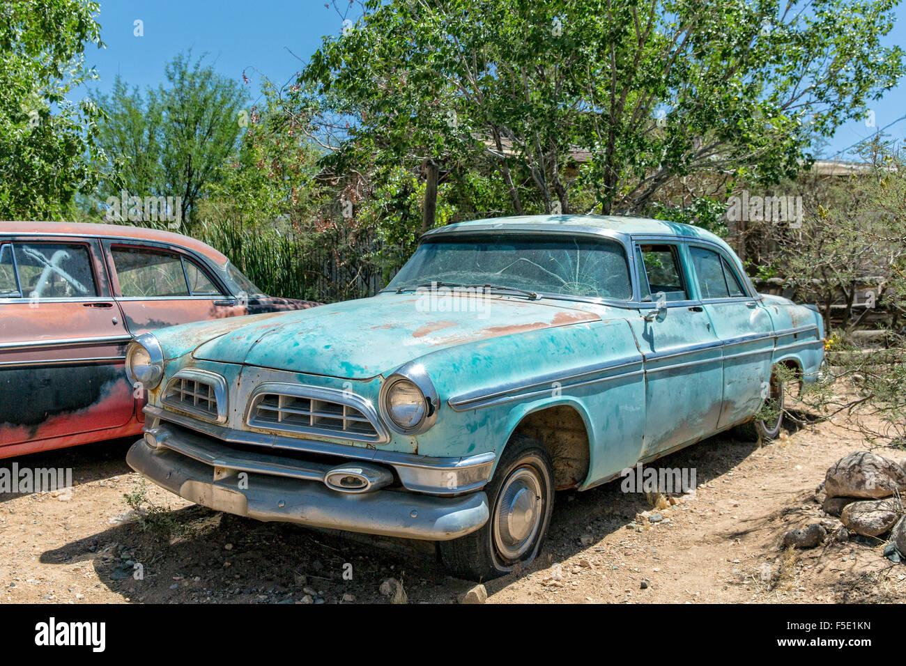 Alte und rostige Auto Hackberry Gemischtwarenladen in Kingman, Arizona, USA Stockbild