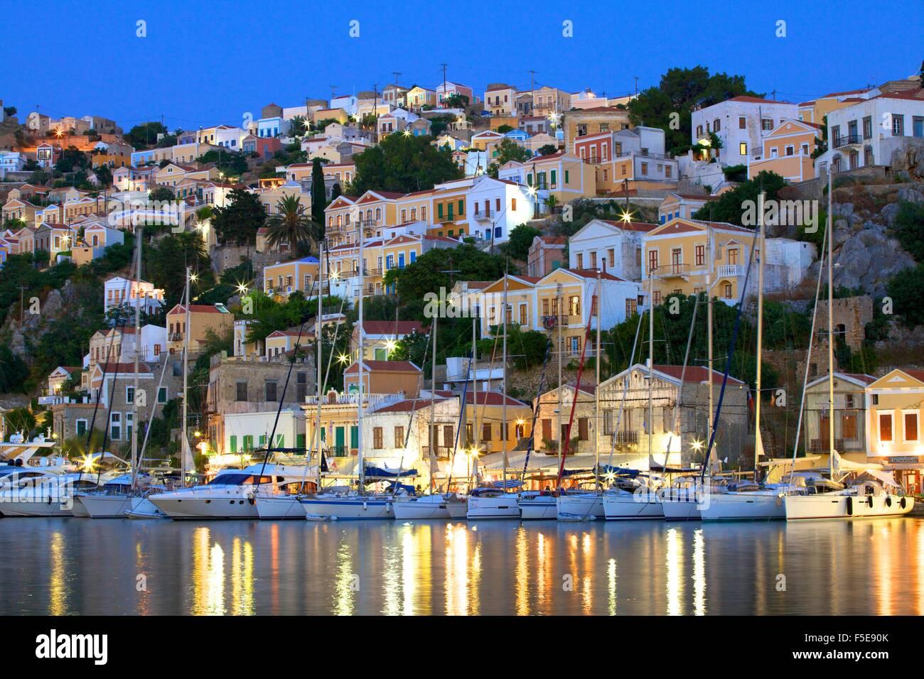 Hafen von Symi, Symi, Dodekanes, griechische Inseln, Griechenland, Europa Stockbild
