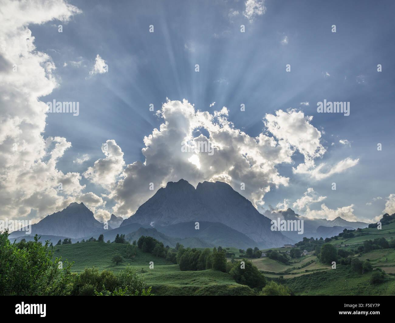 Hohen Pyrenäen, Campingplatz, Abendlicht, Lescun, Aquitaine, Frankreich Stockfoto