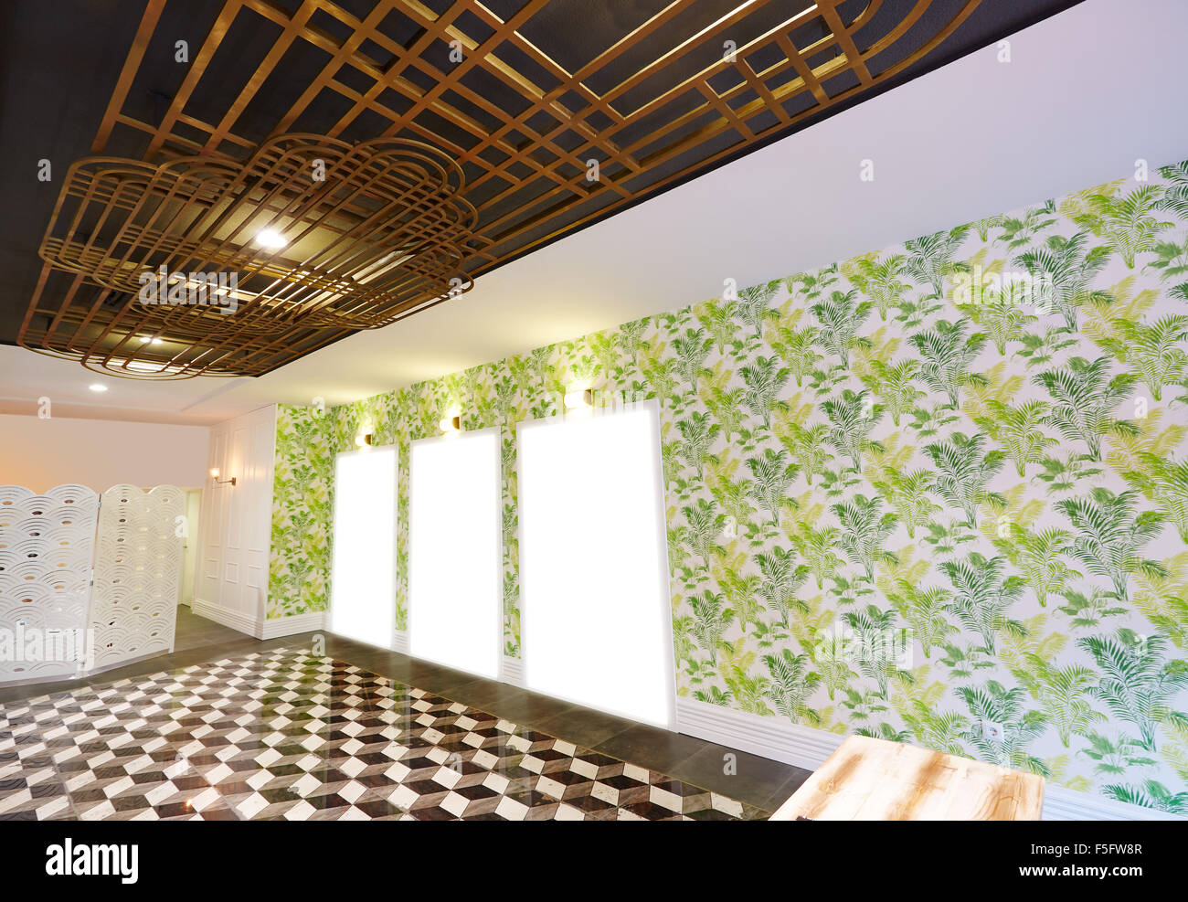 Art Deco inspirierten Salon Interieur mit geschmiedetem ...