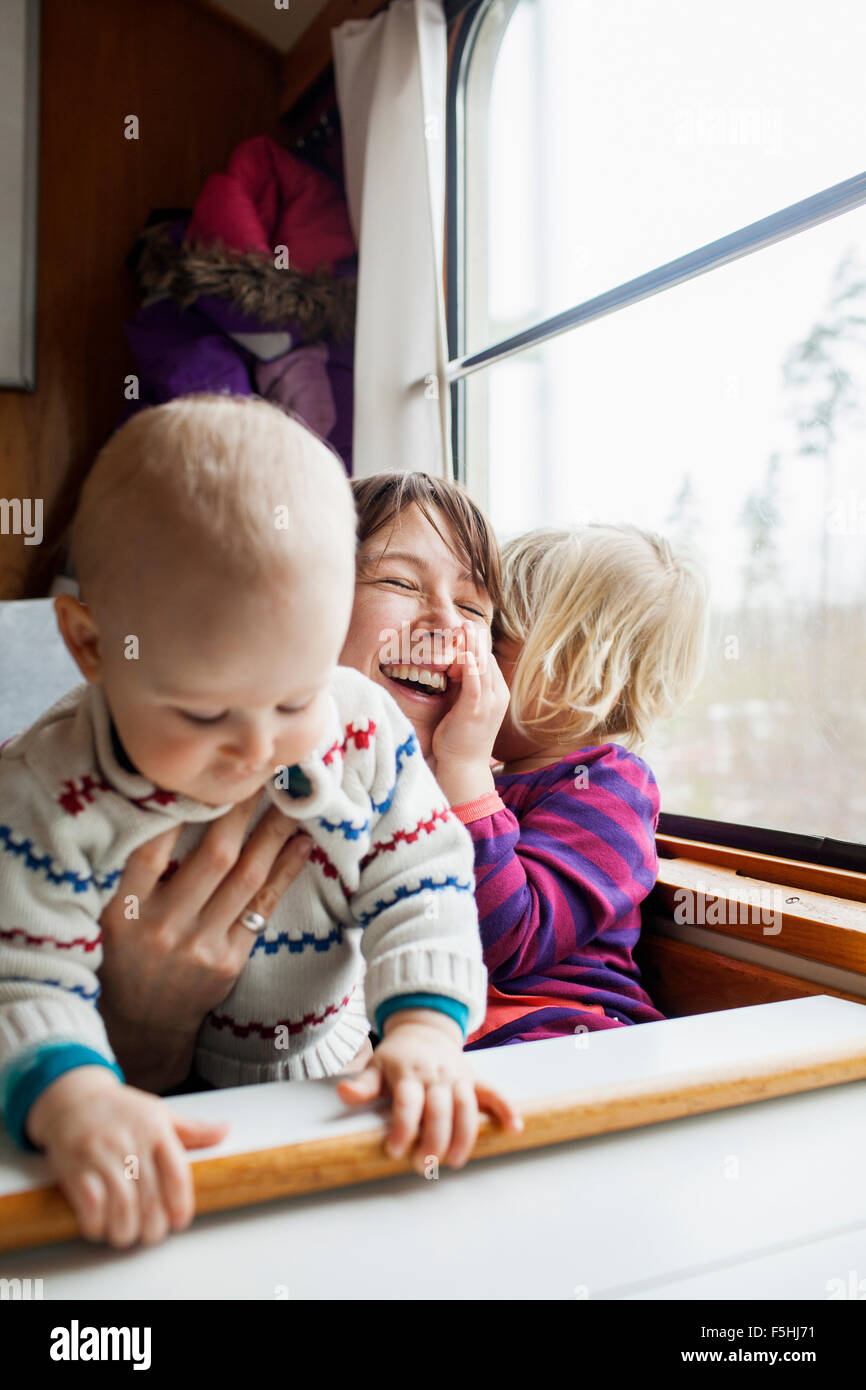 Schweden, Mutter und Kinder (12-17 Monate, 2-3 Jahre) Stockbild