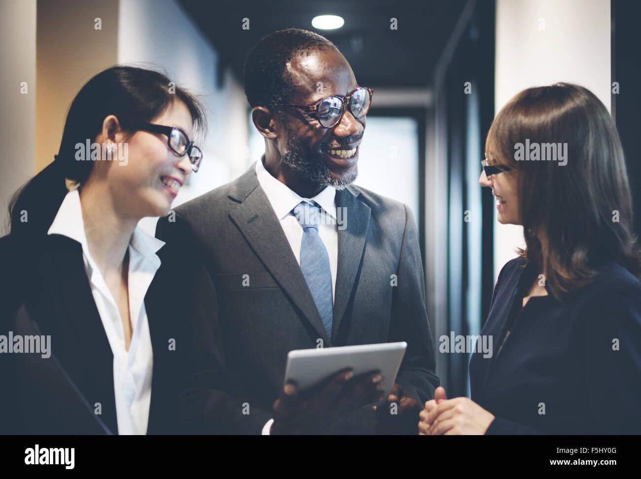 Fröhliche Menschen Wirtschaftskommunikation Corporate Stockbild