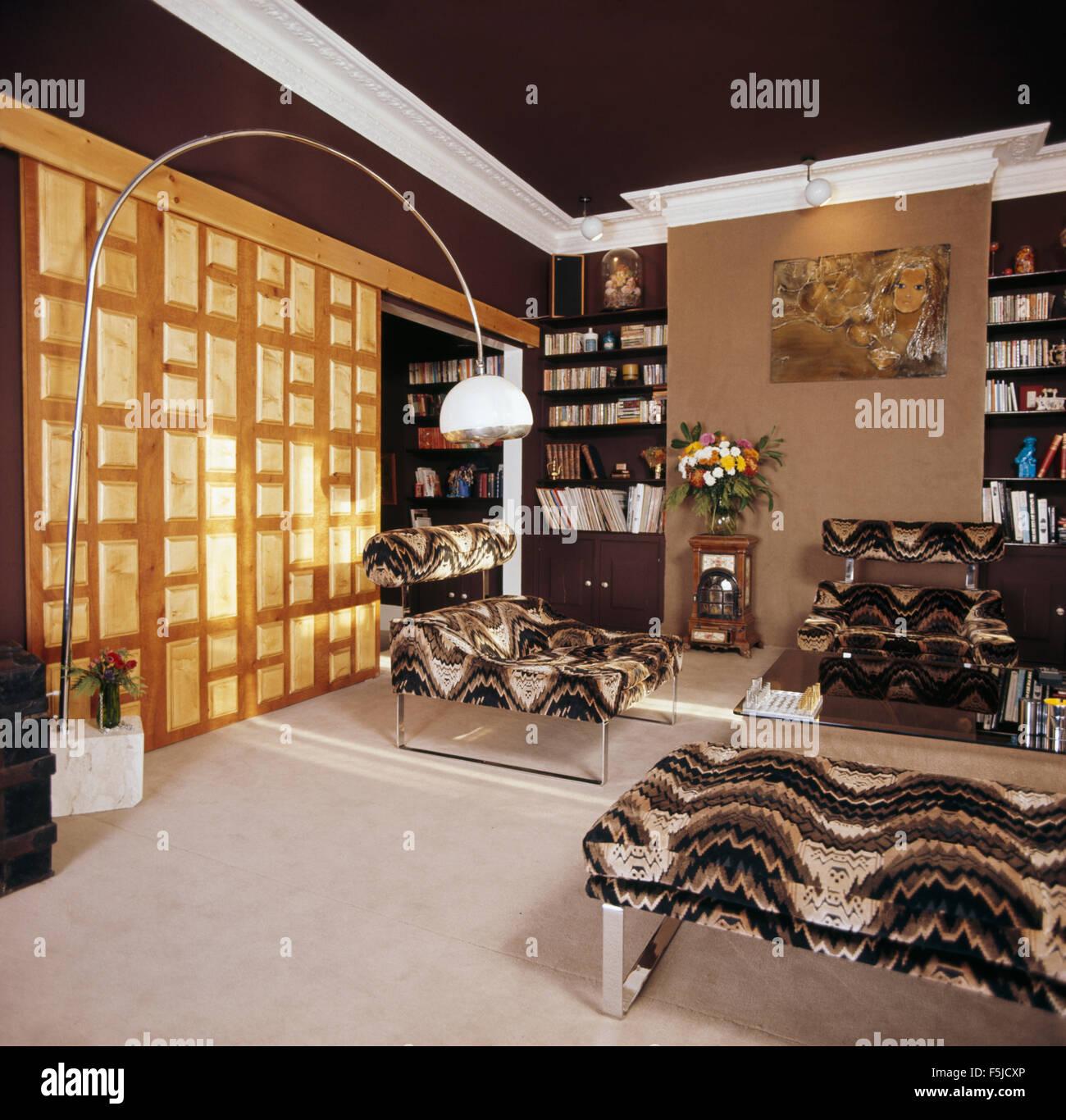 Schwarz Grau Wirbel Gemusterte Samt Möbel Der 70er Jahre Stadthaus
