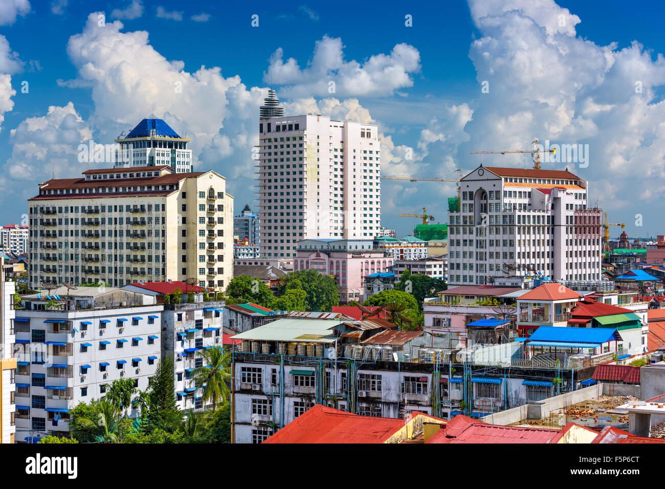 Yangon, Myanmar Kern der Innenstadt Skyline. Stockbild
