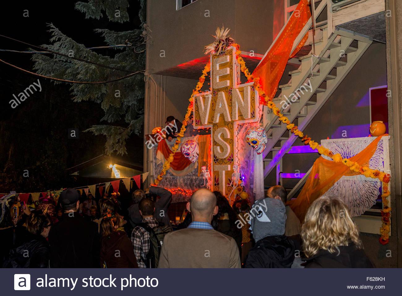 East Van Zeichen, Parade of Lost Souls Festival, Commercial Drive Bereich, Vancouver, Britisch-Kolumbien, Kanada Stockbild