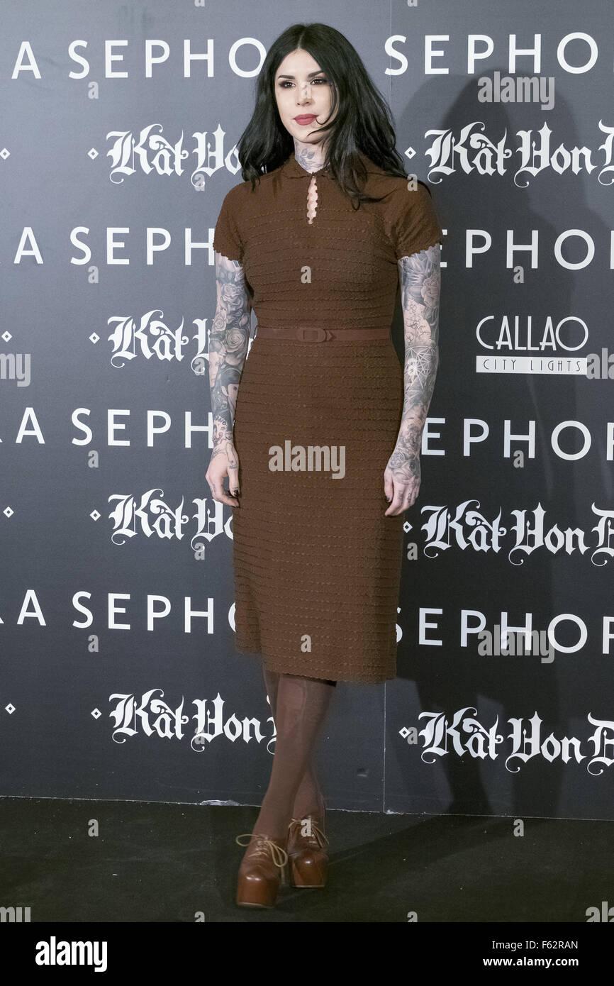Tattoo-Künstlerin Kat Von D präsentiert ihre neue Make-up-Linie für Sephora auf Medikamente Callao Stockbild