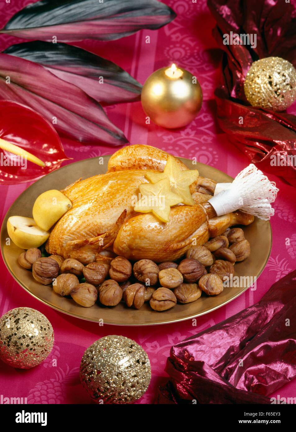 Braten Weihnachten.Weihnachten Braten Kapaun Mit Kastanien Stockfoto Bild 89861271