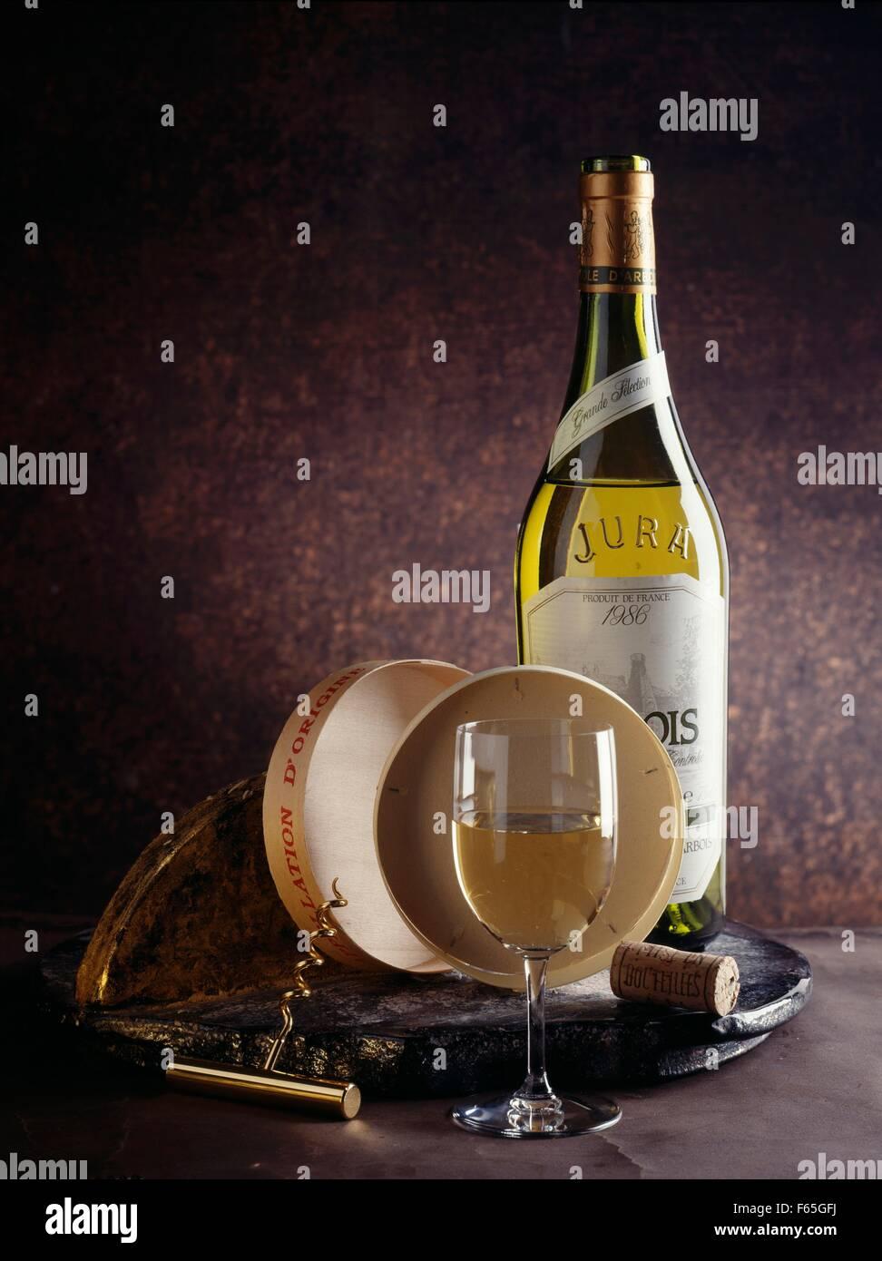 Weißwein aus dem Jura Stockfoto